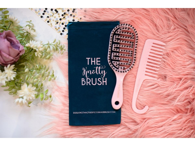 knotty-brush-duo-1